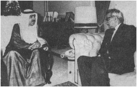 الشيخ محمد بن خليفة آل خليفة وزير الداخلية بدولة البحرين في حديث مع الدكتور اكرم نشات ابراهيم